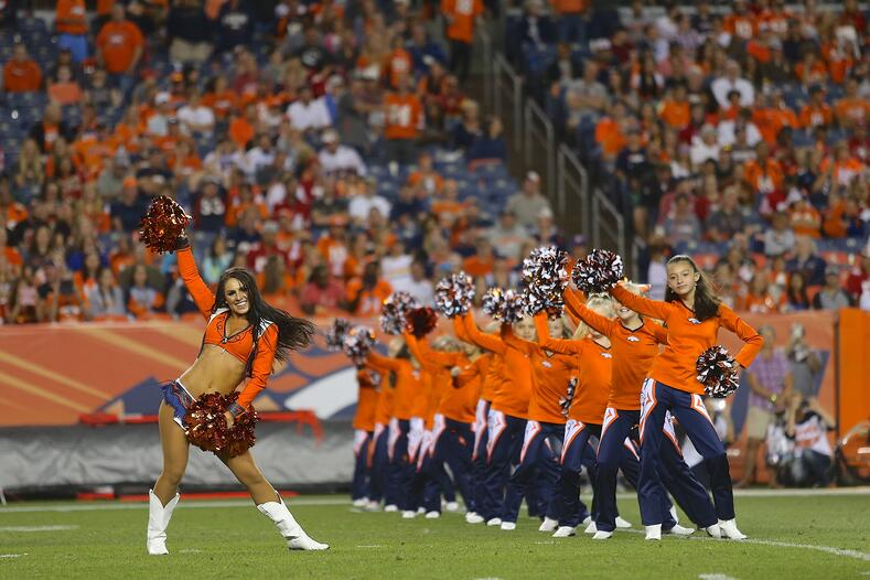 Broncos Juniors Cheerleaders