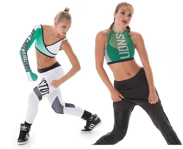 104513bb347df Top Hip Hop dance costume trends - log and lettering