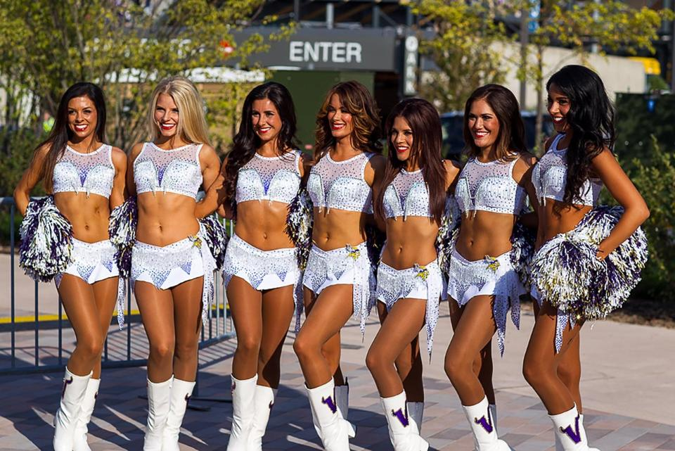 Minnesota Vikings Cheerleaders new uniform Ice