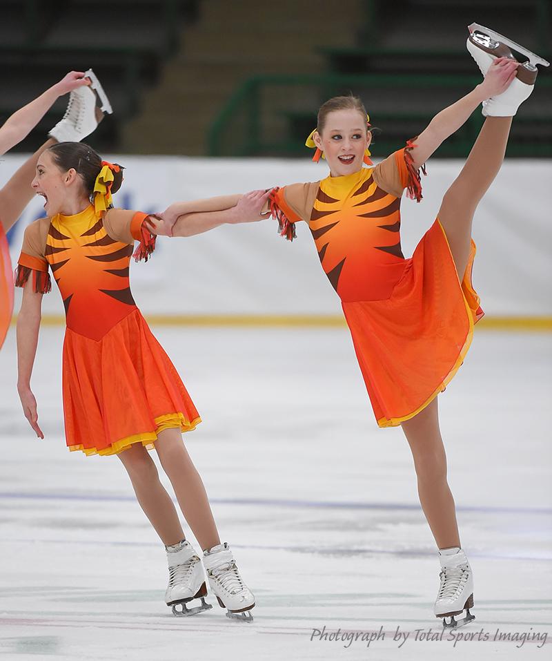 The Line Up - Fond Du Lac Blades Juvenile - Mids Skate Dress