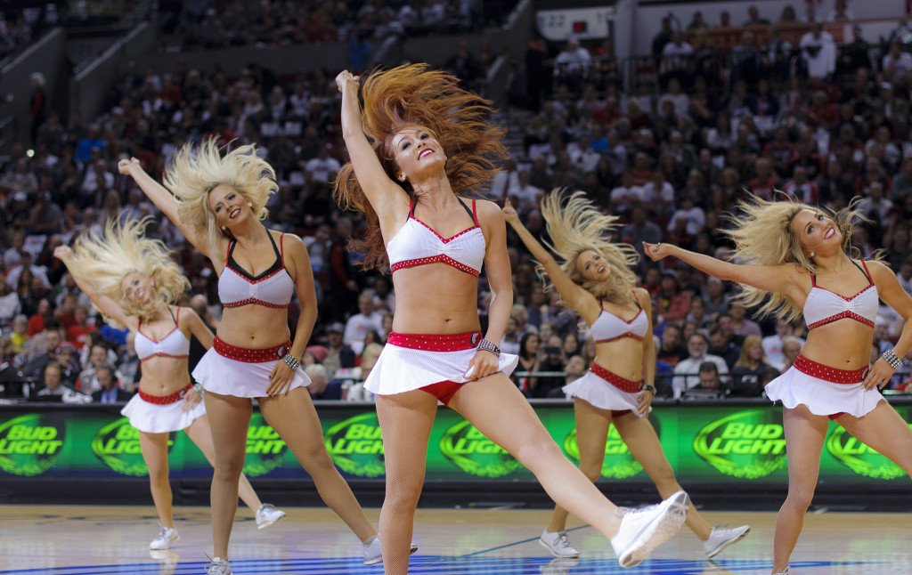 Portland Trailblazers white uniforms, 2015, NBA dancers, The Line Up