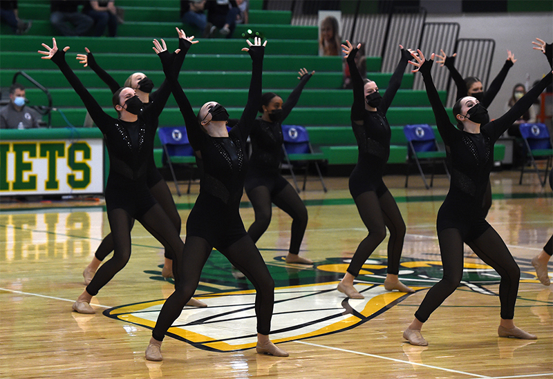 Mound Westonka High School Dance Team