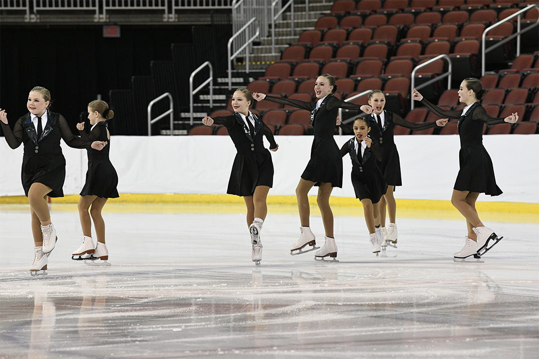 Fire Crystals Pre-Juvenile Synchronized Skating Team