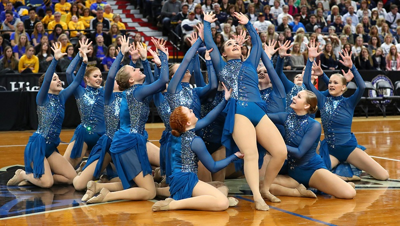 Totino Grace E'gals Highschool Jazz Team MN State 2017