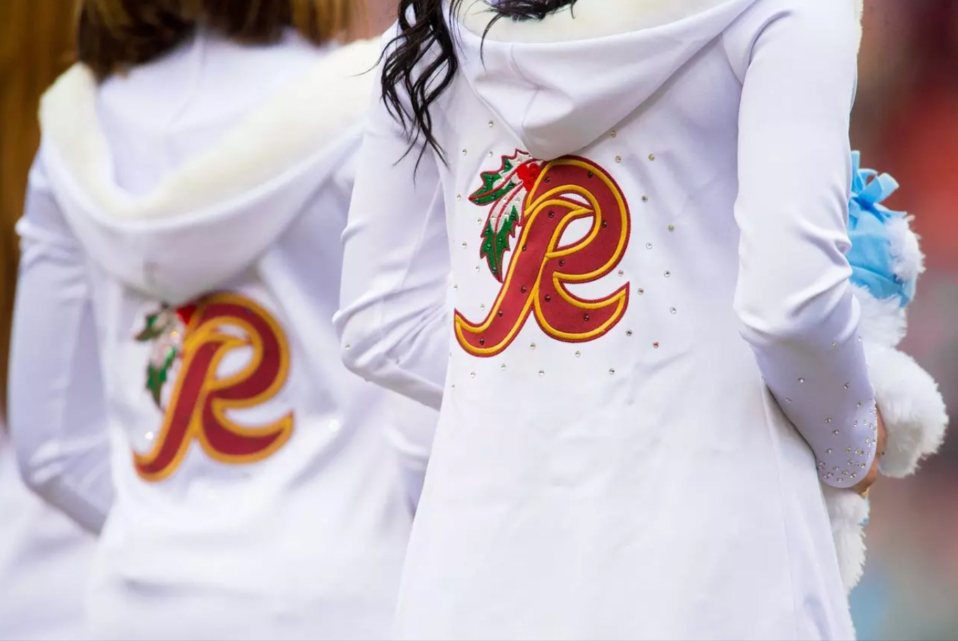 Washington Redskins Cheerleaders Holiday Uniforms