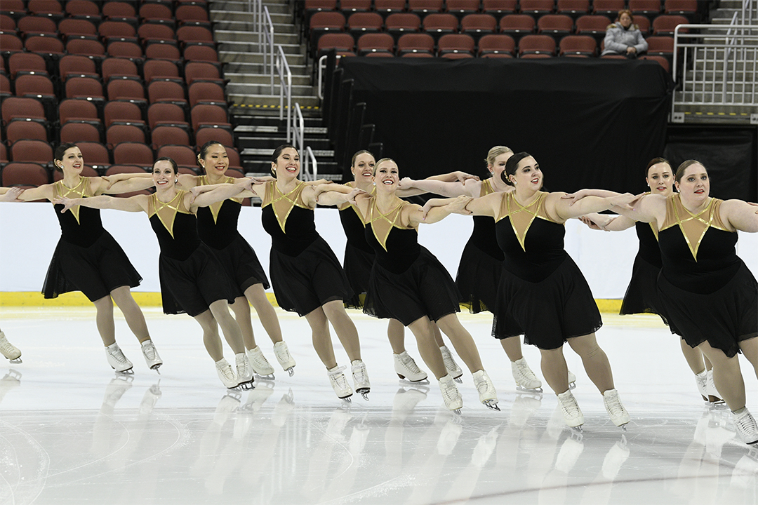 Washington Ice Emeralds Open Adult Synchronized Skating Team