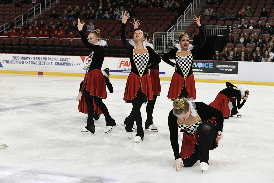 Washington Ice Emeralds Open Juv Synchronized Skating Team
