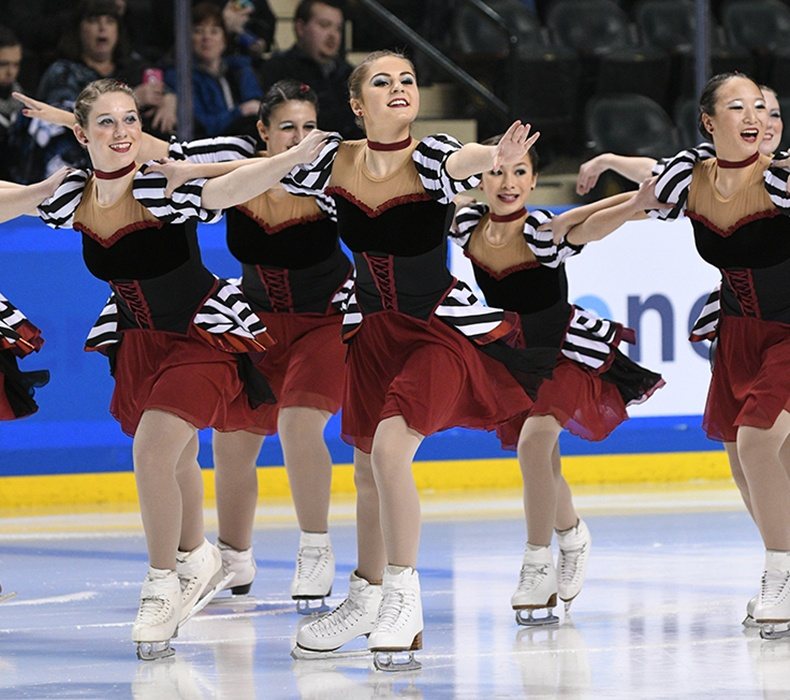 Onyx-Novice-Free Skate at Mids 2017.jpg