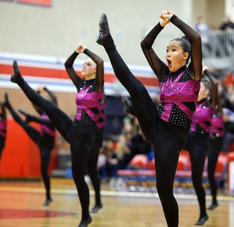Spring Lake Park High School MN State 2017 High Kick.jpg