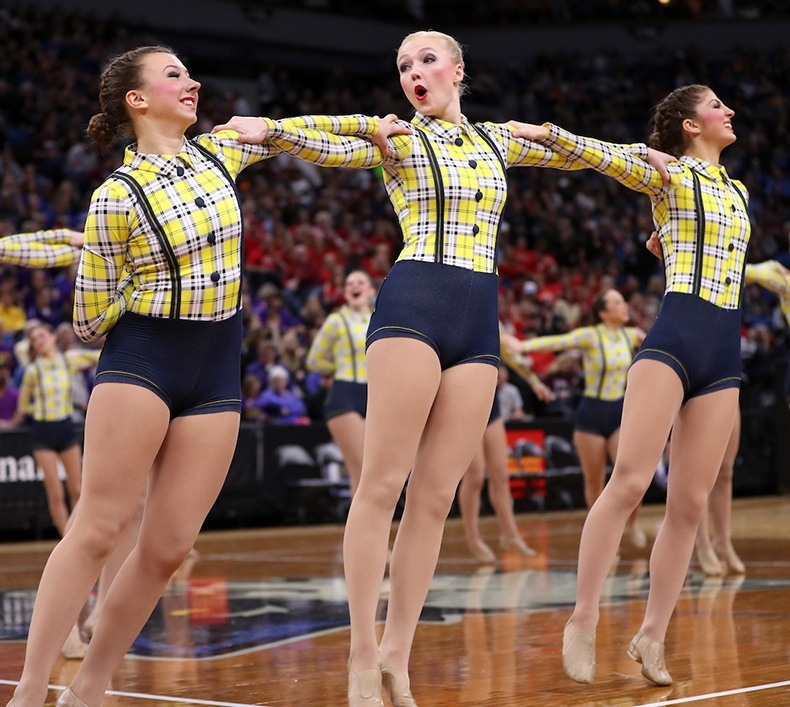 St Cloud Cathedral High School MN State 2017 High Kick.jpg