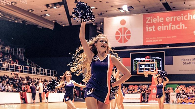 danceteam11.jpg