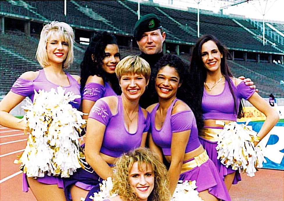 first minnesota vikings cheerleaders from The Line Up