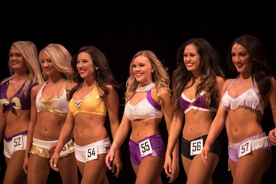 pro cheer tryouts audition outifts nfl